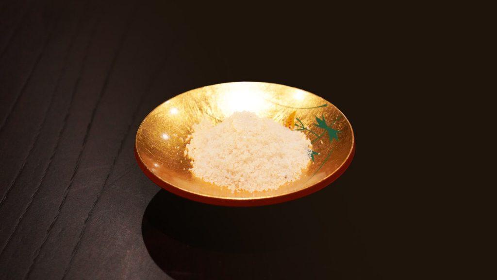 日本料理わのやの自家製お塩
